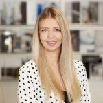 Delia Hinterberger Signaturfoto 150x150 Absolventen berichten